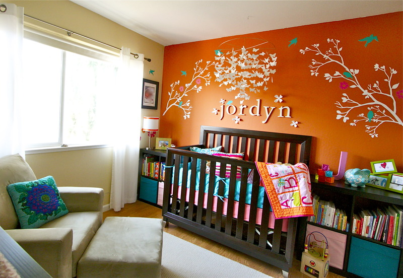 orange-nursery-room-wall-design