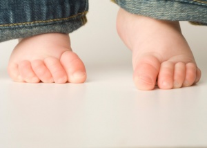 http://www.babycenter.com/0_your-child-is-walking-on-her-toes_12580.bc