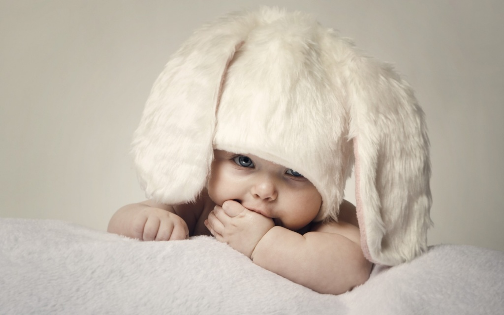 naked baby with bunny ears easter picture ideas