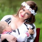 7 Things New Moms Should Know About Breastfeeding in Public
