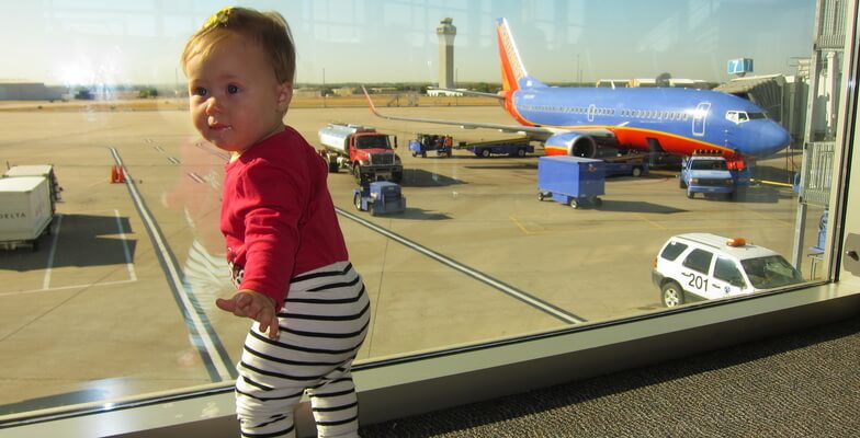 http://arikair-uk.co.uk/blog/flying-with-a-baby-travel-tips-to-care-baby-in-flight/
