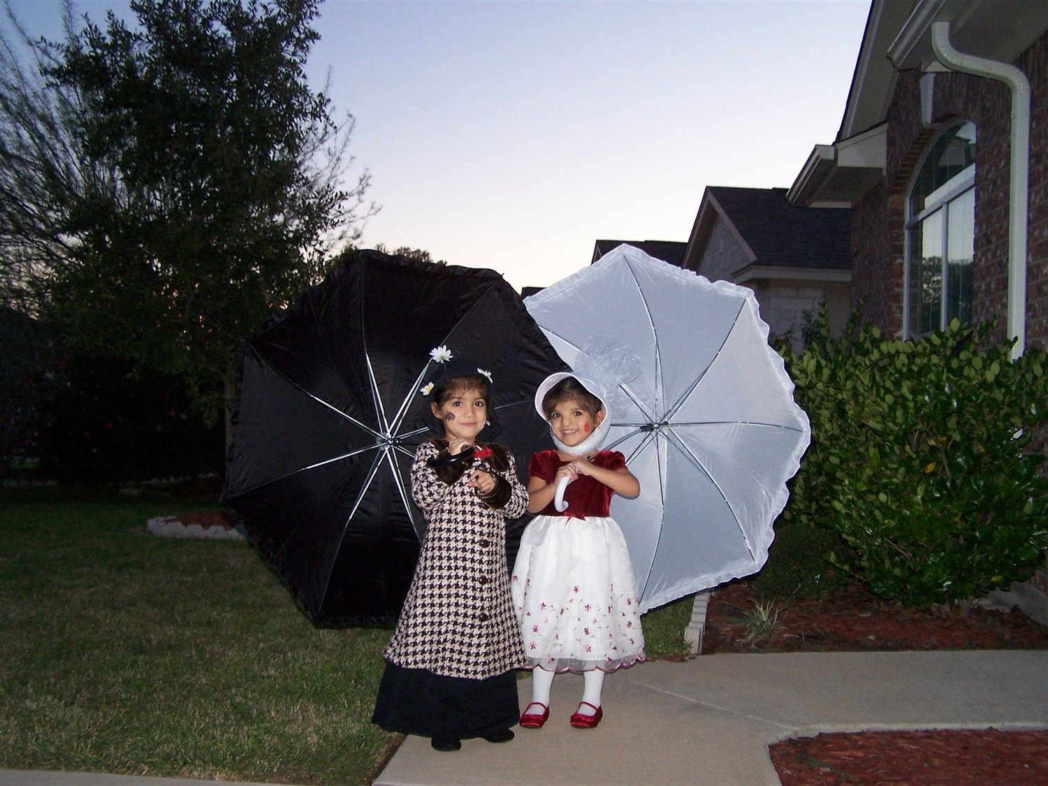 Marry Poppens cute halloween costumes for baby twins