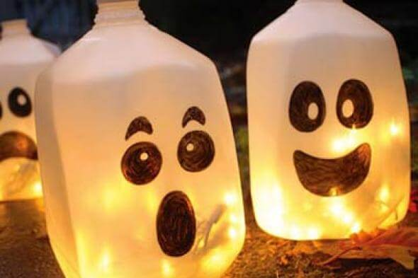 Cute and simple halloween crafts for babies babycare mag for How to make homemade halloween crafts
