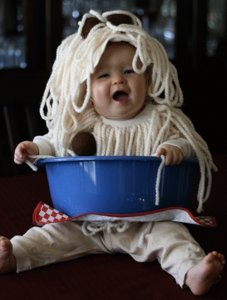 spaghetti and meatball DIY halloween costume