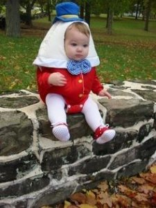 humpy dumpty Halloween Costume for Mom and Baby
