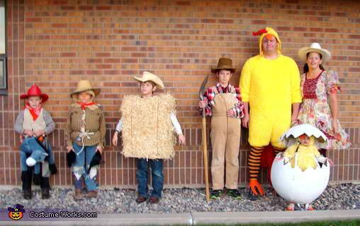 farm halloween costume ideas for family with baby