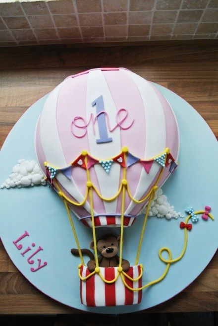 1st Birthday Cake Ideas, 1st Birthday Party, Hot Air Balloon Theme, Party Ideas #Birthday #1stBirthday